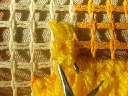 Ковровая вышивка. Шаг 6