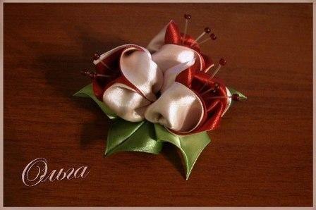 Тюльпан из шелковых лент