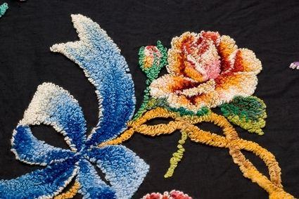 Как сделать плавный переход цвета при вышивке нитями
