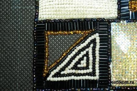 Декорирование кошелька бисером